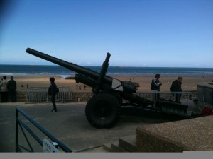 Un canon allemand sur la plage Gold d'Arromanches