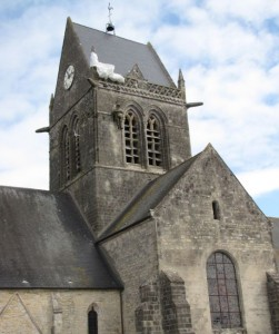 célèbre clocher de Sainte-Mère
