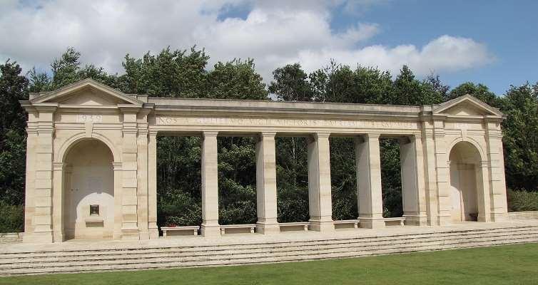 Memorial-Commonwealth
